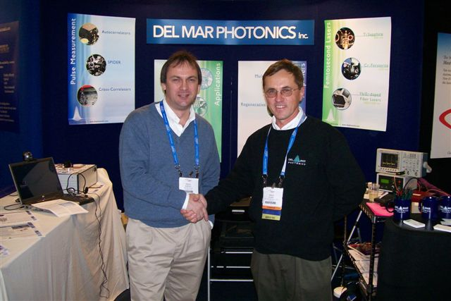 President and CEO of Tekhnoscan Sergey Kobtsev and President and CEO of Del Mar Photonics Sergey Egorov